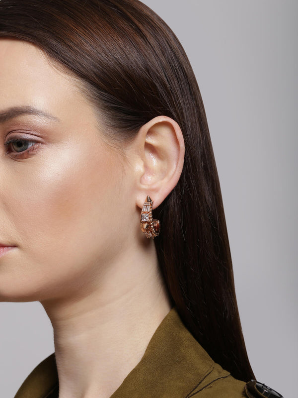 Earring studs in gold finish