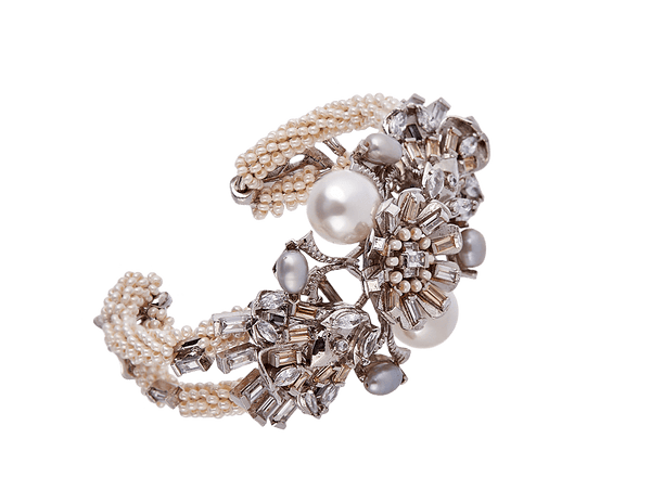 Women's Bracelet Designs with Pearls