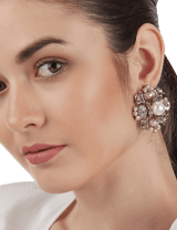 Pearl stud fashion earrings
