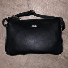 Load image into Gallery viewer, David Jones Small Messenger Bag
