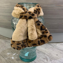 Load image into Gallery viewer, Faux Fur Animal Scarves
