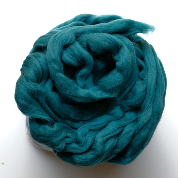 Portuguese merino wool top - Teal (21)