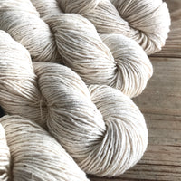 Cotton yarn for tapestry warping