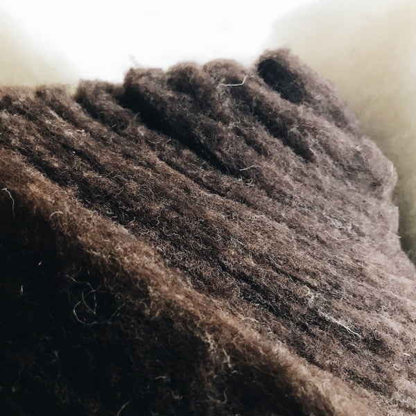 Carded wool - Natural brown