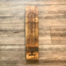 Load image into Gallery viewer, Wine barrel Cribbage Board
