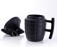 Load image into Gallery viewer, Grenade creative water cup