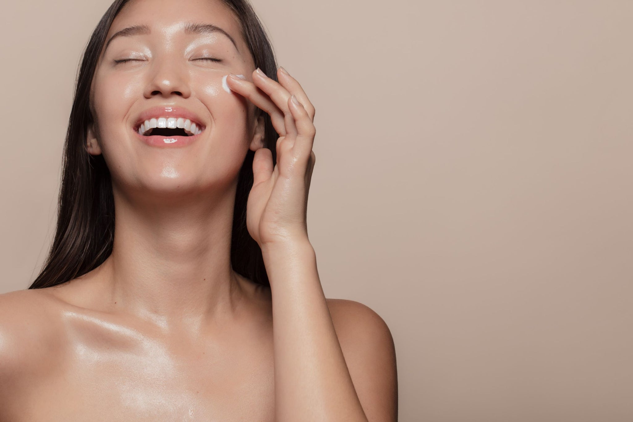 How to get glowy skin naturally | Skin care routine