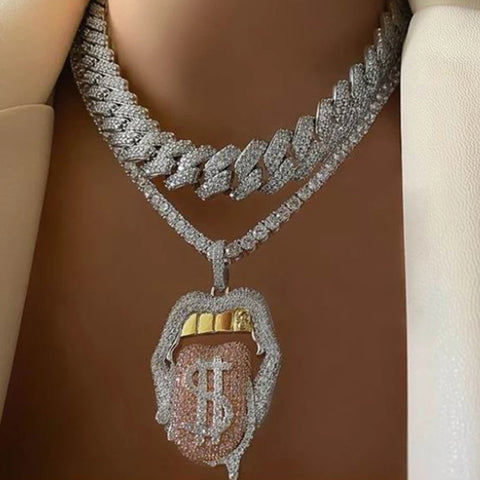ICED OUT BLING 5A CZ SEXY MOUTH PENDANT NECKLACE