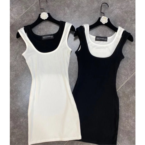 Solid Color Black And White Contrast Dress