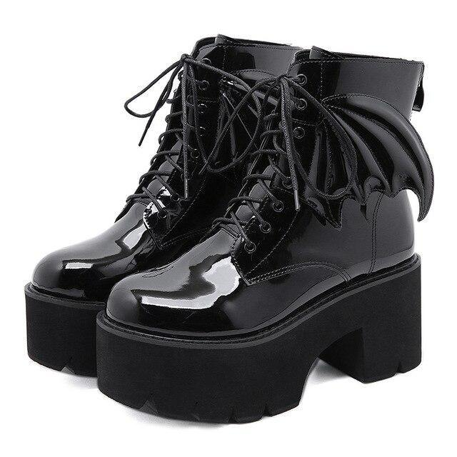 The Angel Wing Boots - Valenchia