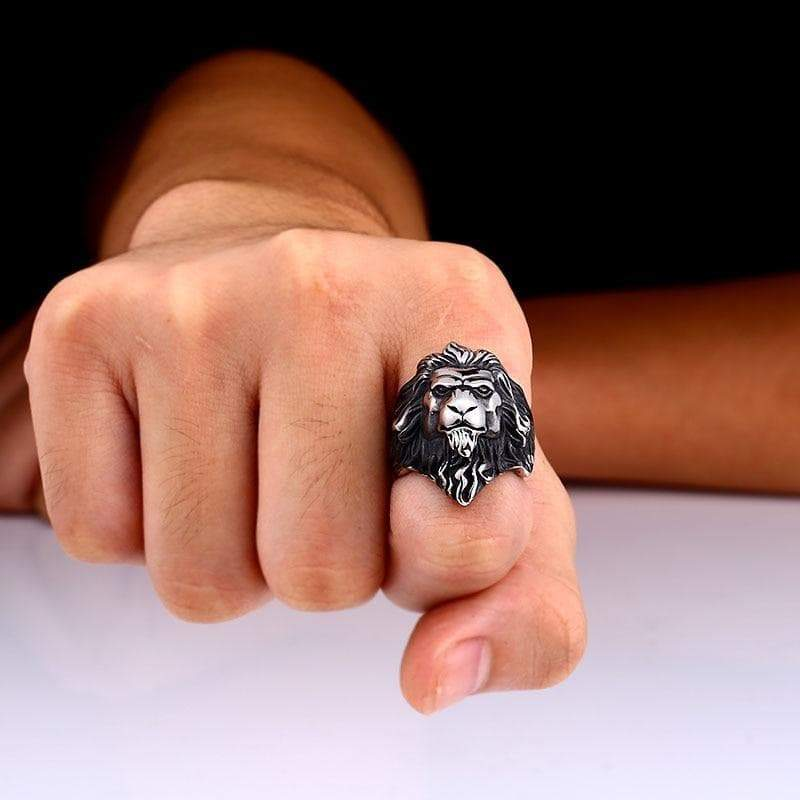 Steampunk lion head ring