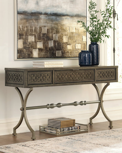 Quinnland Signature Design by Ashley Sofa Table image