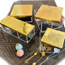 Load image into Gallery viewer, Tea/ Candy Calligraphy Box - 1 - Gold