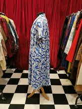 Load image into Gallery viewer, Vintage Late 1950s Blue & White Short Sleeve Abstract Print Shift Day Dress