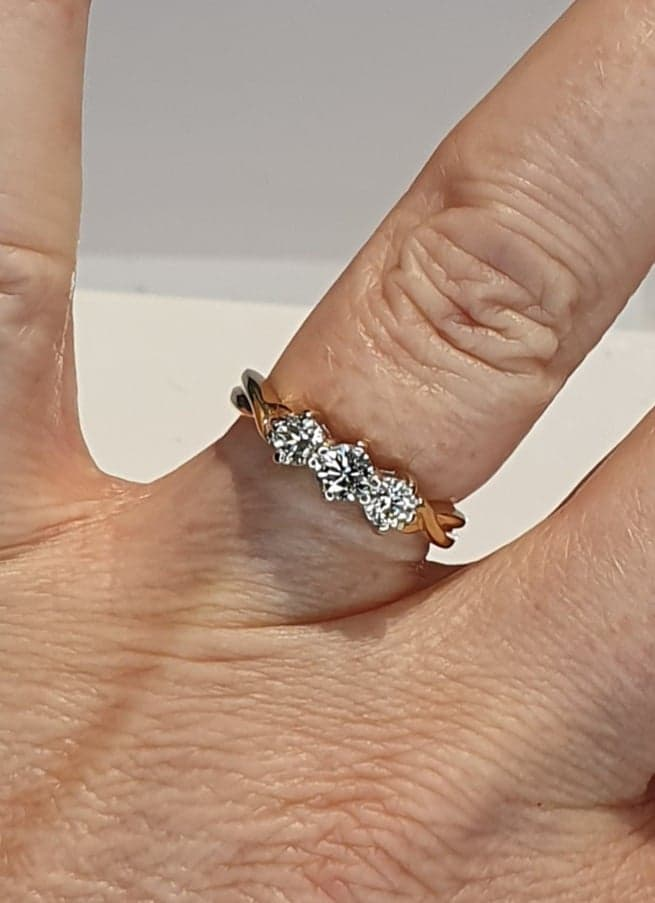 18ct Gold Three Diamond Ring