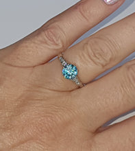 Load image into Gallery viewer, 18ct White Gold Blue Zircon Solitaire with Diamond Shoulders