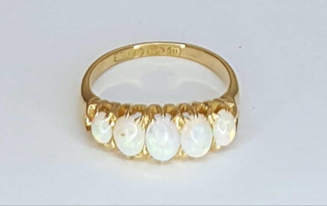 18ct Gold Victorian Opal 5 Stone Ring