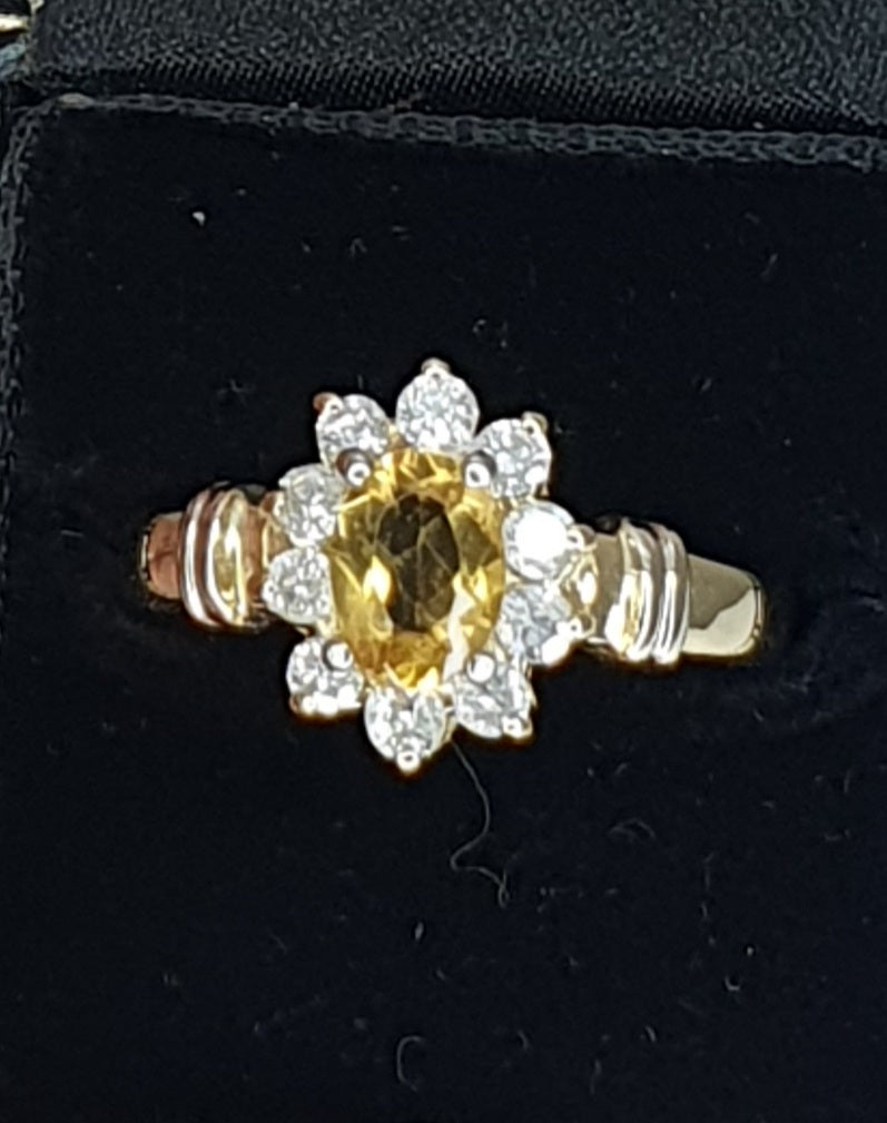 18ct Gold Diamond & Citrine Cluster Ring