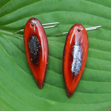 Load image into Gallery viewer, Hematite Leaf Earrings