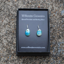 Load image into Gallery viewer, Emerald Berry Earrings