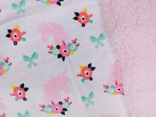Load image into Gallery viewer, unicorns & bows baby blanket