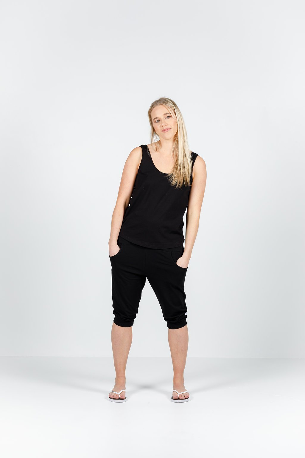 3/4 APARTMENT PANT BLACK WITH BLACK PRINT - No image set - Ebony Boutique NZ