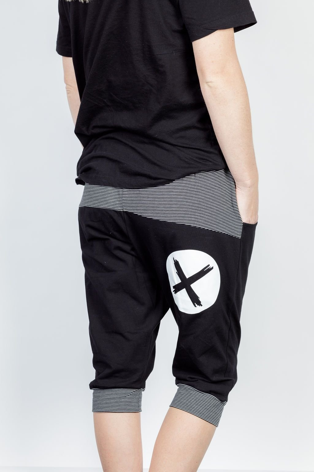 3/4 APARTMENT PANT BLACK WITH WHITE PRINT & STRIPE YOKE - No image set - Ebony Boutique NZ