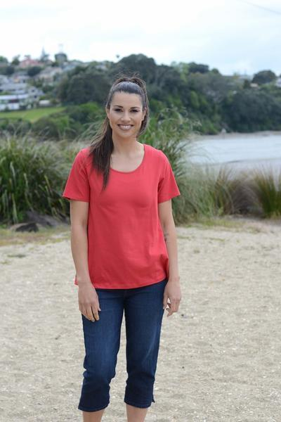 EBONY ORGANIC COTTON ROUND NECK RELAXED FIT TEE - EBAS888 in Red - Ebony Boutique NZ