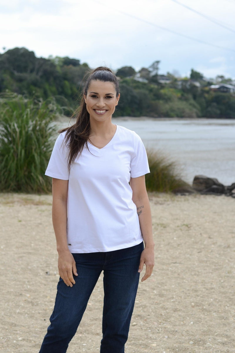 EBONY ORGANIC COTTON VEE NECK RELAXED FIT TEE - EBAS886 in White - Ebony Boutique NZ