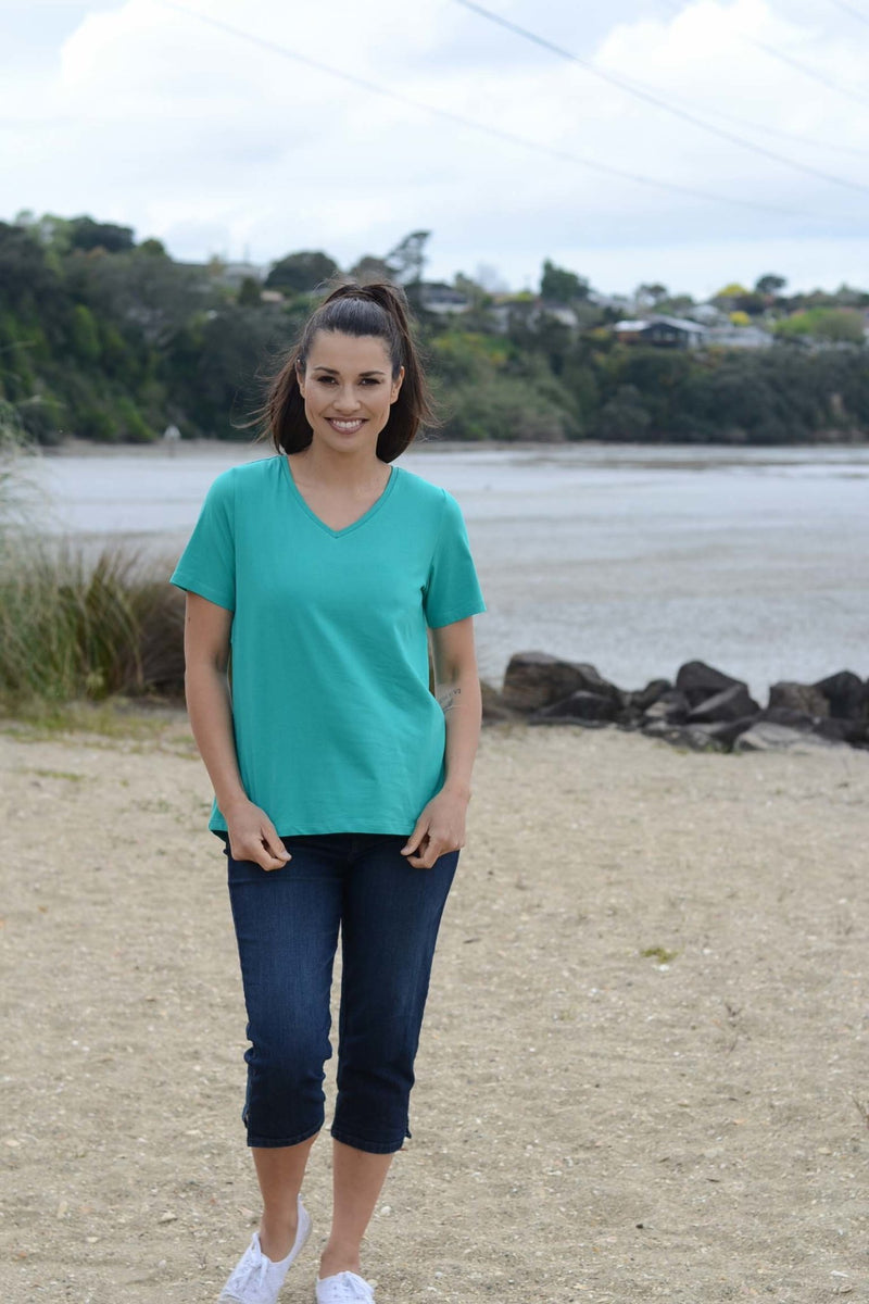 EBONY ORGANIC COTTON VEE NECK RELAXED FIT TEE - EBAS886 in Emerald - Ebony Boutique NZ