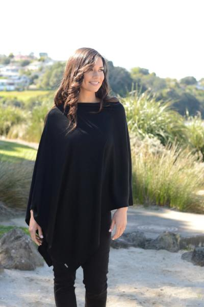 MERINO EASY STYLE LAYER PONCHO - MERINO EASY STYLE LAYER PONCHO - Ebony Boutique NZ