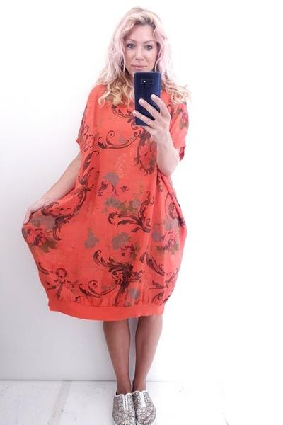 ORANGE TWIRL PRINT ELASTIC HEM DRESS - ORANGE TWIRL PRINT ELASTIC HEM DRESS - Ebony Boutique NZ