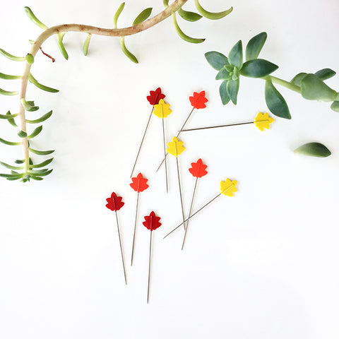 Tulip Cellulose Head Pins (Momiji - Maple Leaf)