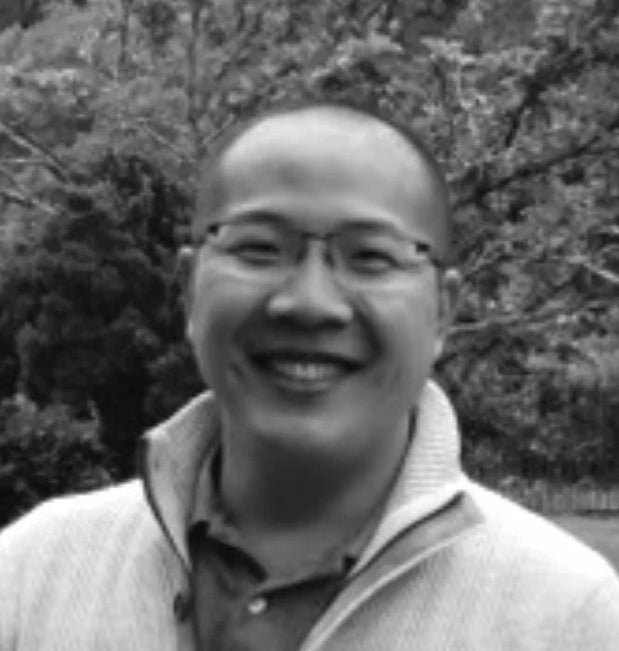 Black and white image of Healthy Cow's co-founder and managing partner Louis Hui.