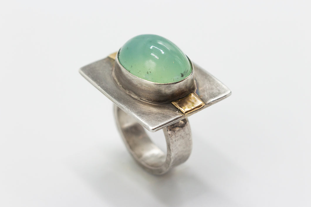 Natural Chrysoprase Cabochon Ring