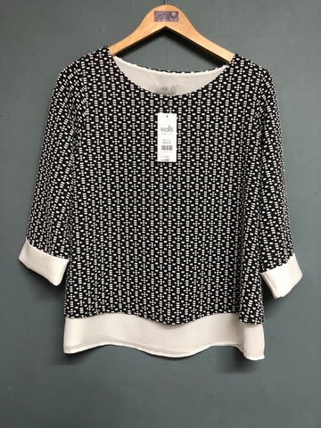 Wallis Black and White Top Size 14 BNWT