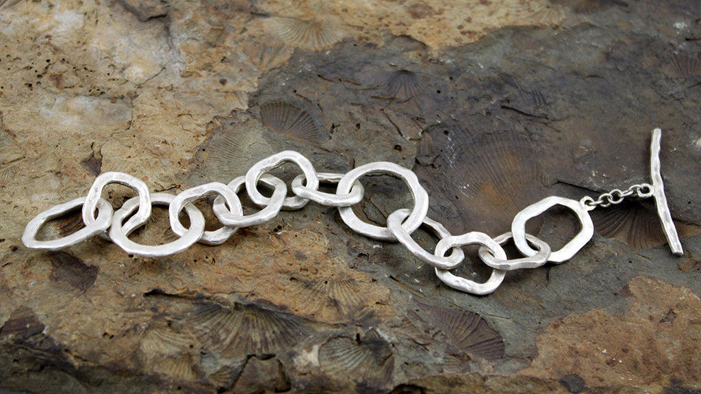 Organic Chain Linked Bracelet