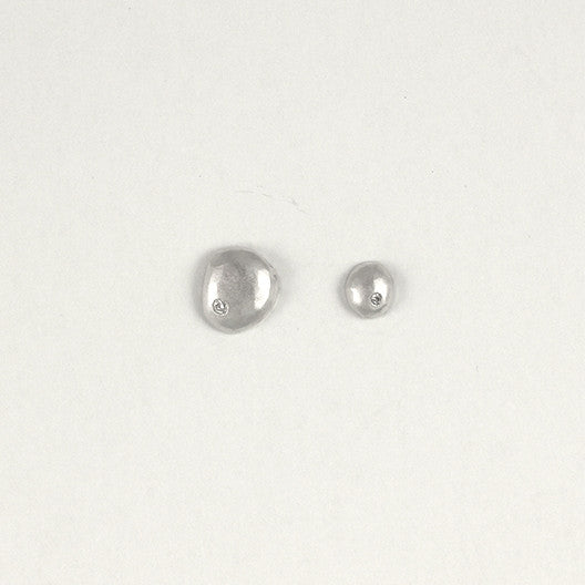 Uneven Raindrop Post Earrings