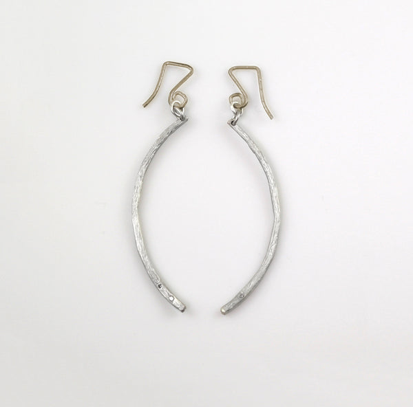 Dancing Curves Earrings