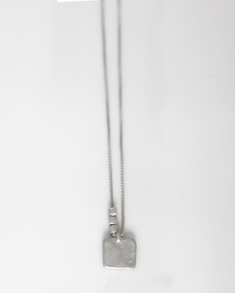 Little Balance Necklace