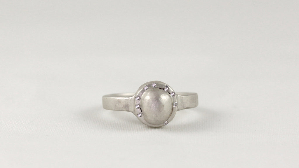 Pearl Girl Ring