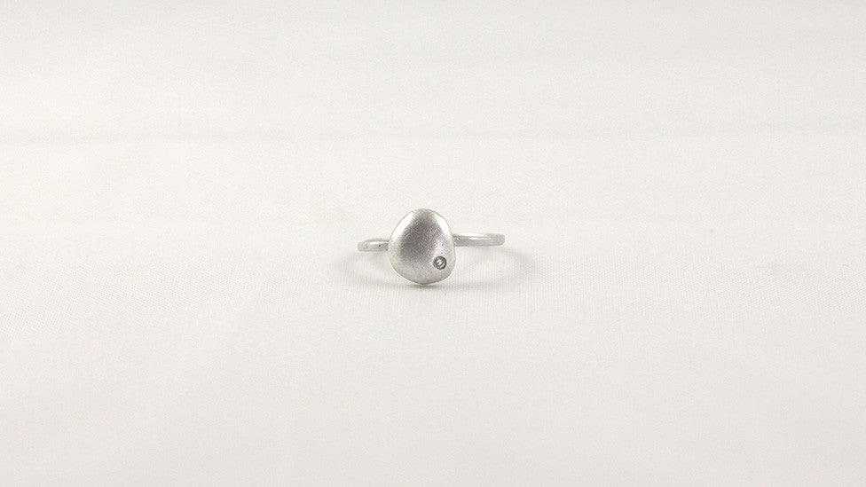 Medium Raindrop Ring