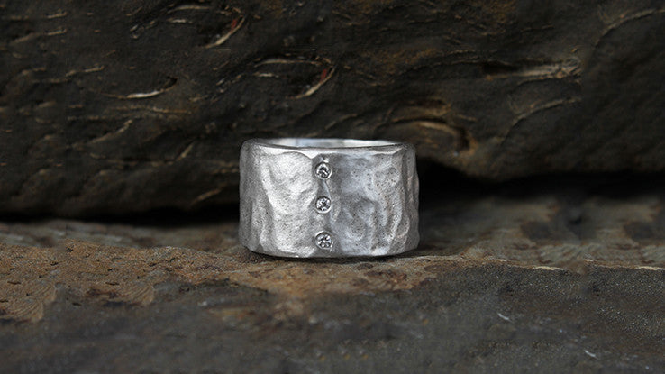 Rippled Ring