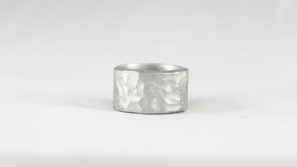 Simple Rippled Ring
