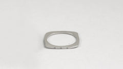 Skinnie Square Ring 9
