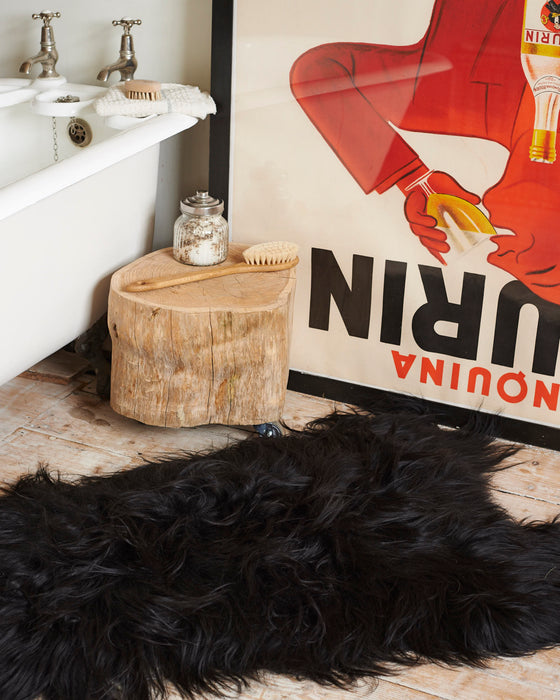 luxurious Icelandic sheepskin rugs.