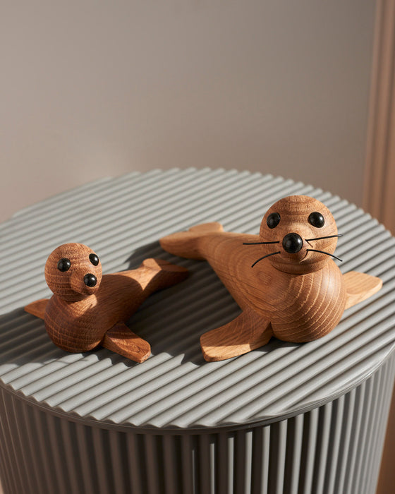 Chreston Sommer Iconic Oak Mother & Baby Seal wooden Toy