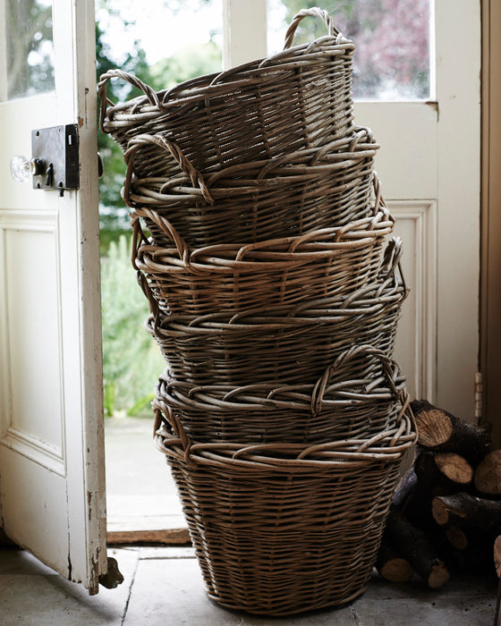 Wild wicker log basket with hessian liner and ear handles