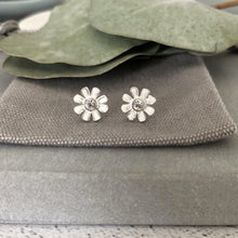 Load image into Gallery viewer, White flower silver earrings with a small crystal centrewhite flower stud earrings