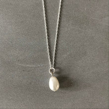 Load image into Gallery viewer, Freshwater pearl silver necklace